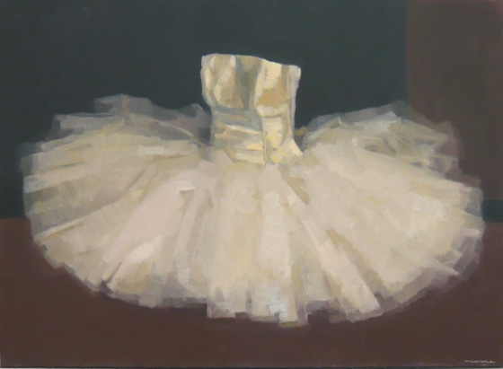"<h4 style=""margin:0px 0px 5px 0px"">Dancers Tulle Tutu by David Moore</h4>Medium: Oil on linen framed<br />Price: Sold<span class=""helptip"" style=""color:#ff0000;"" title=""This artwork been sold""><img src=""/images/reddot1.gif"" border=""0"" height=""10"" /></span> 